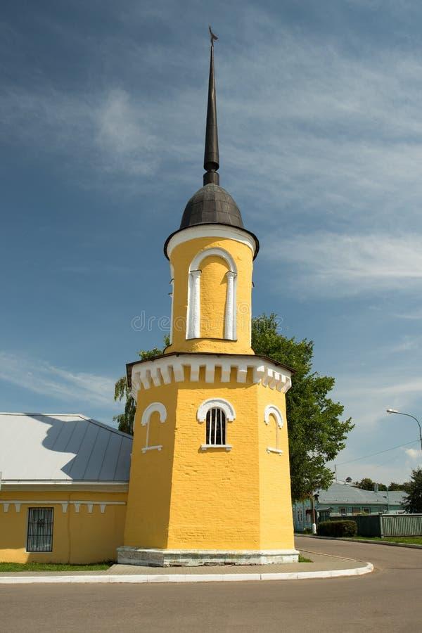 Kolomna, Russland Zaun Tower Of Church des Schutzes von heiligem Vir stockfoto