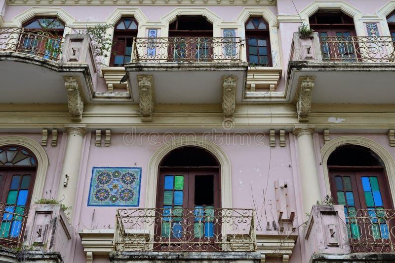 Kolonial arkitektur i Santiago de los Caballeros royaltyfria foton