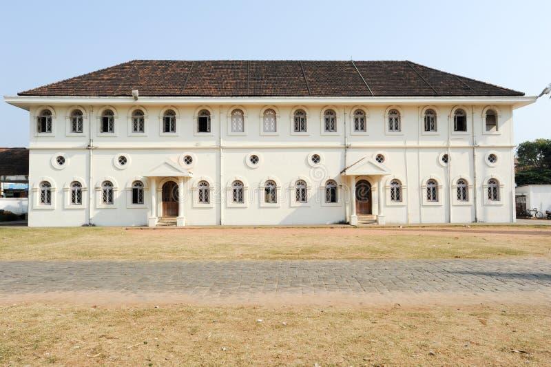 Kolonial byggnad av fortet Cochin royaltyfri bild