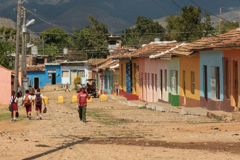 Kolonial gata i Trinidad, Kuba 2014 arkivbild