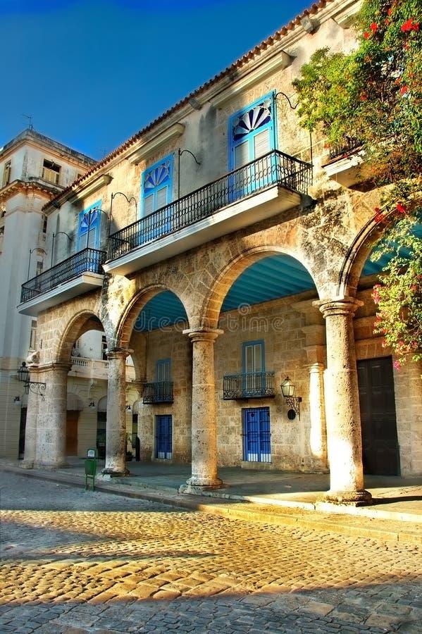 Kolonialarchitektur in Havana stockfotos