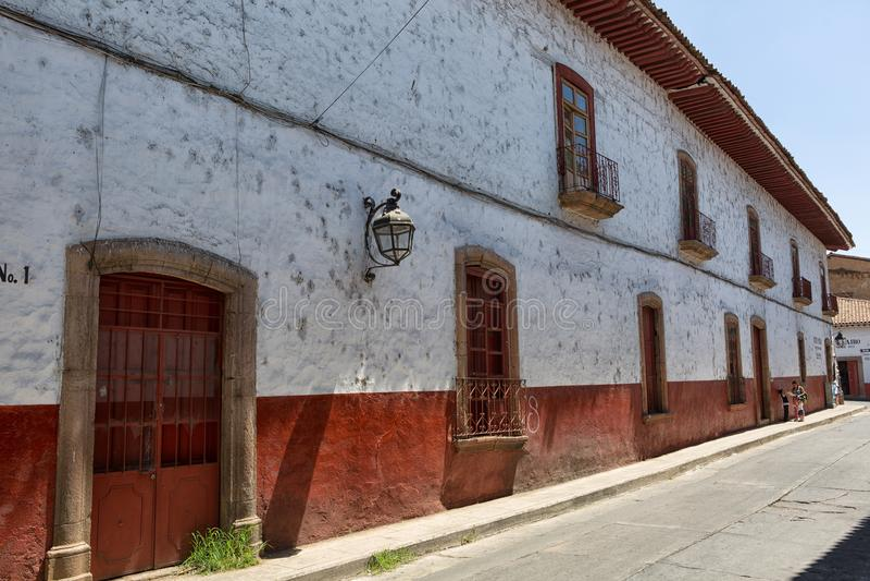 Koloniale architectuur in Patzcuaro Mexico stock foto