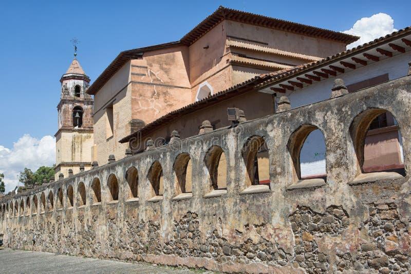 Koloniale architectuur in Patzcuaro, Mexico royalty-vrije stock foto