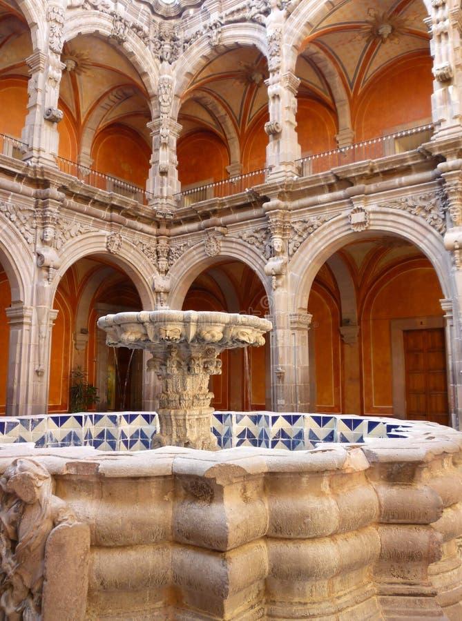 Koloniale Architectuur in Queretaro Mexico stock foto's