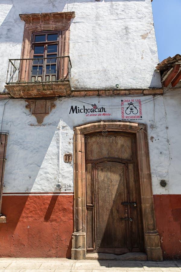 Koloniale architectuurclose-up in Patzcuaro Mexico stock fotografie