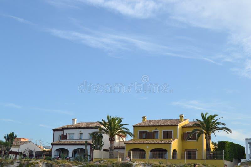 Koloniale strandhuizen stock fotografie