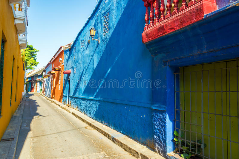 Kolonialgasse in Cartagena lizenzfreies stockbild