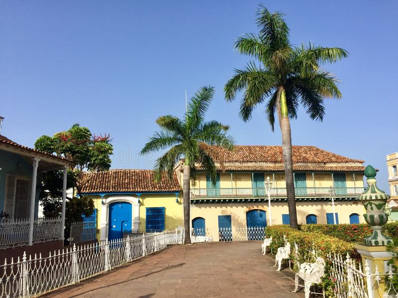 Kolonialhaus an Piazza-Bürgermeister Trinidad Cuba stockbilder