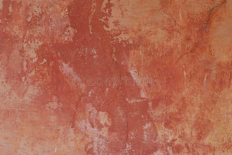 kolonialna zatarta czerwone ściany farby obraz stock