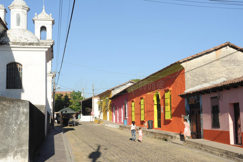 Kolonialny miasteczko Suchitoto zdjęcie stock
