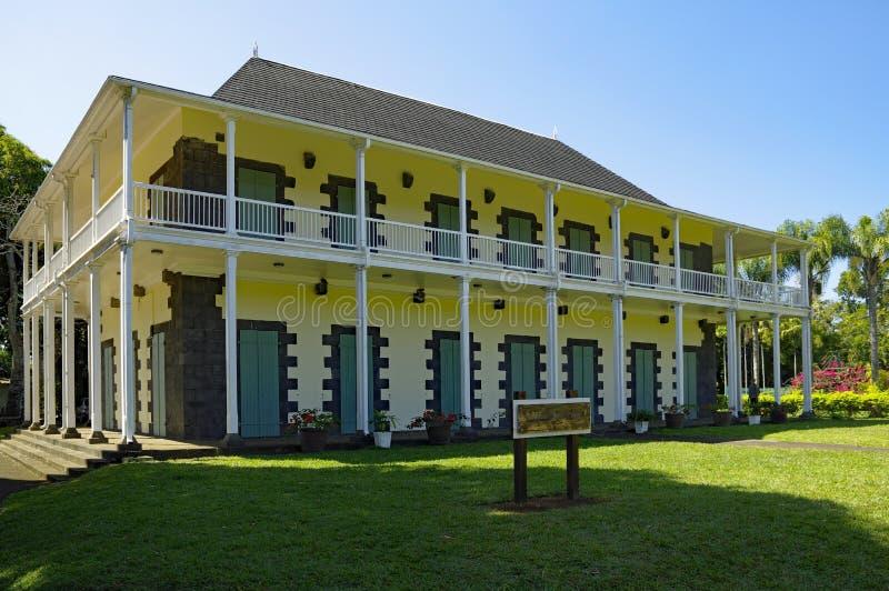 Kolonialny rezydencja ziemska dom w Sir Seewoosagur Ramgoolam ogródzie botanicznym fotografia royalty free