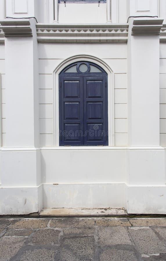 Kolonialstil-Fenster Stockfoto