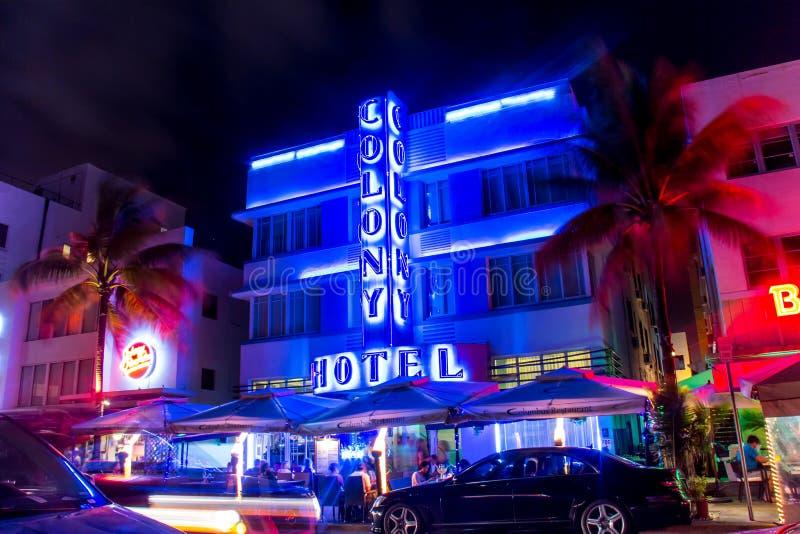 KolonihotellMiami södra strand royaltyfri foto