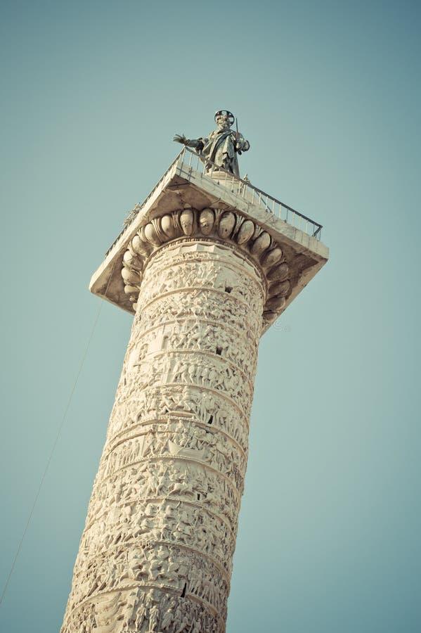 Kolonn av Marcus Aurelius i Rome, Ital royaltyfri foto
