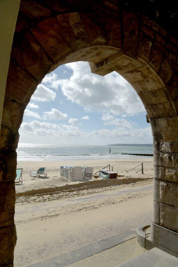 Kolonnade auf Strandfront, Bournemouth, Dorset stockbild