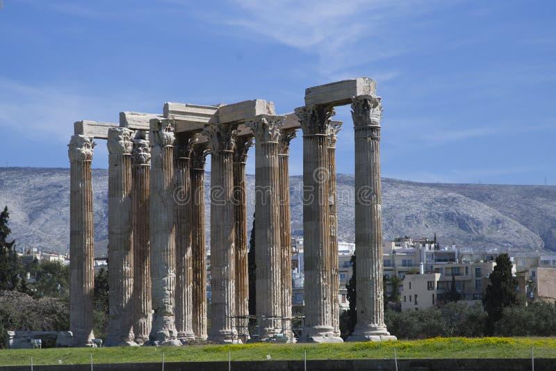 Kolonner av olympiska Zeus Temple, Aten, Grekland royaltyfria bilder