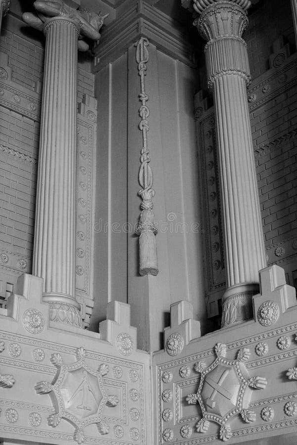 Kolonner för stil för frimurar- tempelfrimurare egyptiska arkivbilder