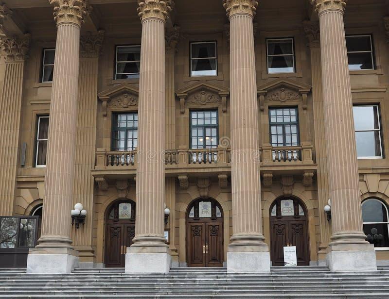 Kolonner på den lagstiftnings- byggnaden Edmonton, Alberta royaltyfri fotografi