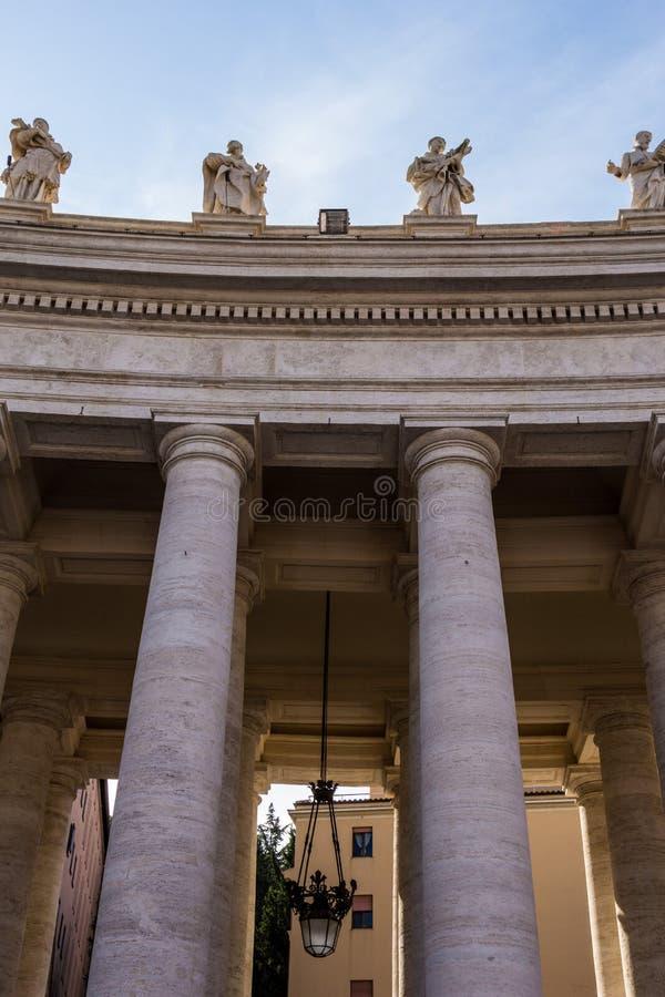 Kolonnerna av Vaticanenmuseerna fotografering för bildbyråer