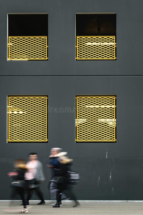 Kolorów żółtych ogrodzenia fotografia stock