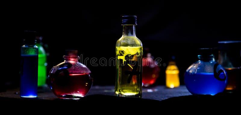 Kolorów Magiczni napoje miłośni zdjęcia royalty free