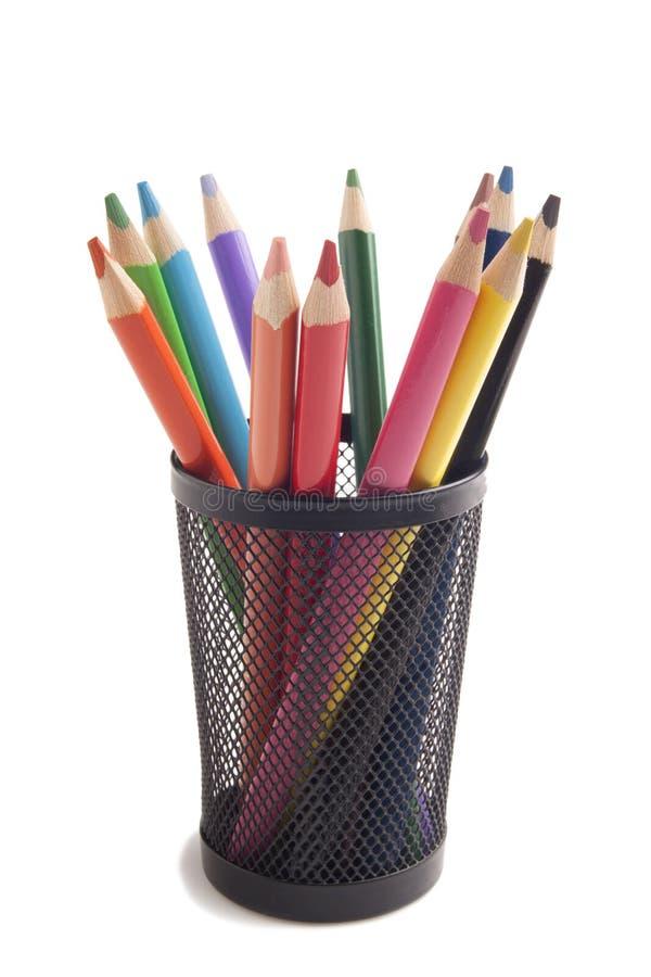 Kolorów ołówki w metal wazie obraz stock