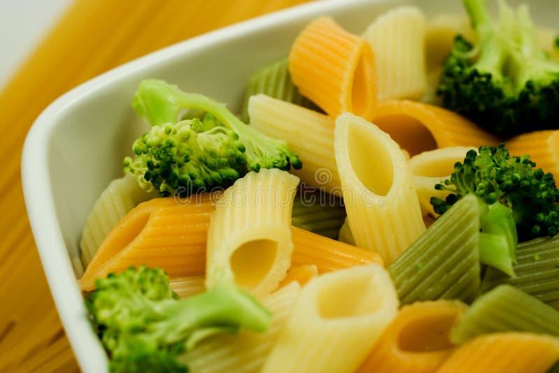 kolor brokułów noodles zdjęcie stock