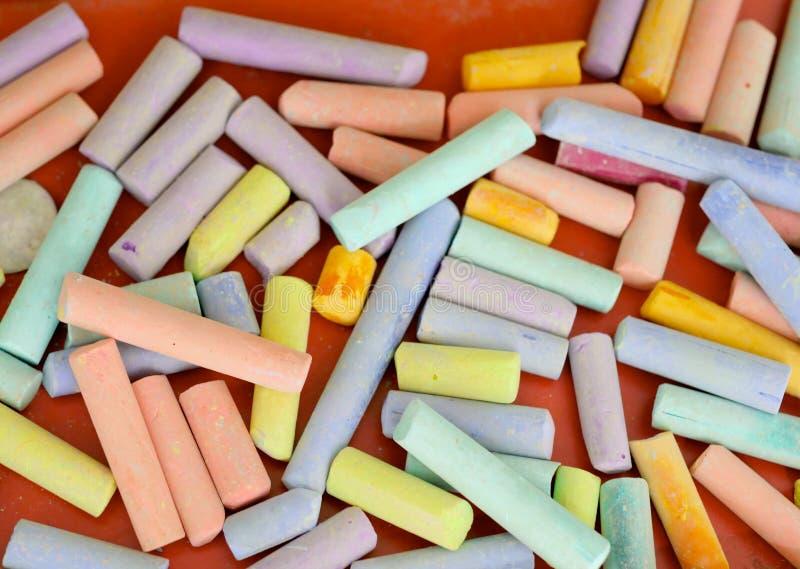 Kolor kreda na stole zdjęcia royalty free