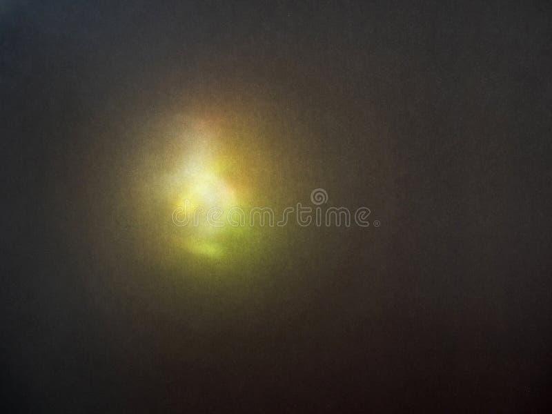 Kolor zamazujący defocused hałaśliwie jaskrawy odbijający światło Świecenie widmo, światło słoneczne punkt na ciemnym tle obrazy stock