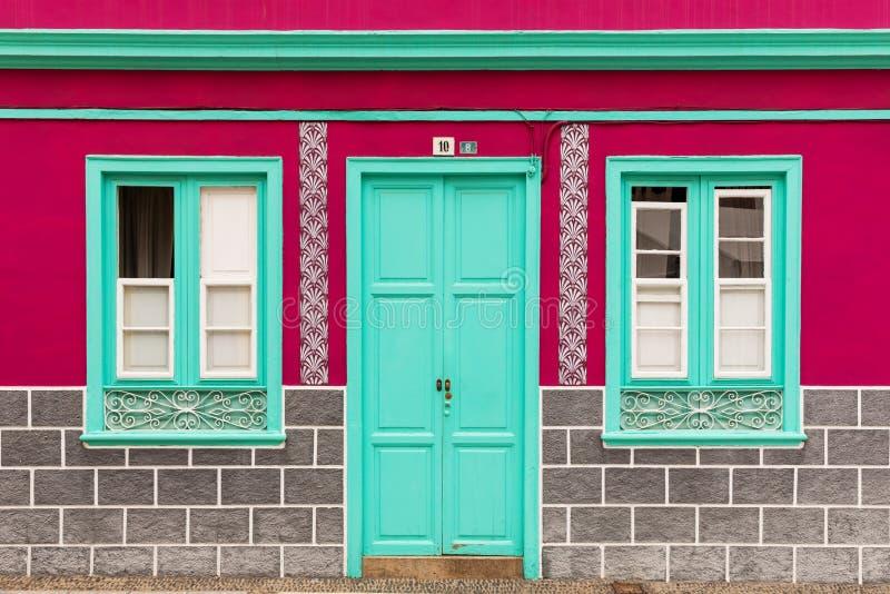 Kolorowa domowa fasada fotografia royalty free