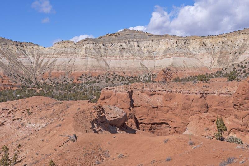 Kolorowa Escarpment panorama w Wczesnej wiośnie obrazy stock