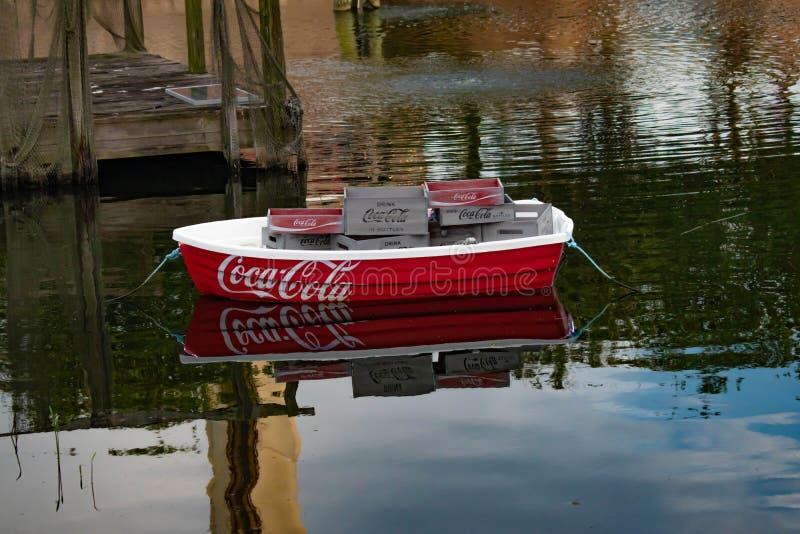 Kolorowa koka-kola łódź przy Seaworld 1 obrazy stock