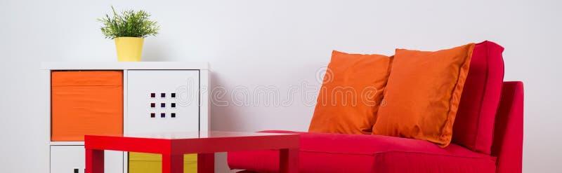 Kolorowa odtwarzanie przestrzeń w pokoju obraz stock