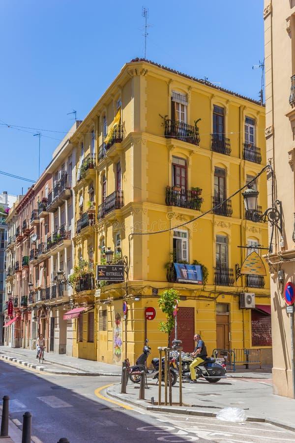Kolorowa ulica w Russafa neighbourhood Walencja fotografia royalty free