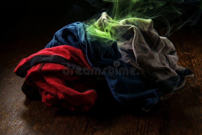 Kolorowa Zaśmierdła bielizny pralnia obraz stock