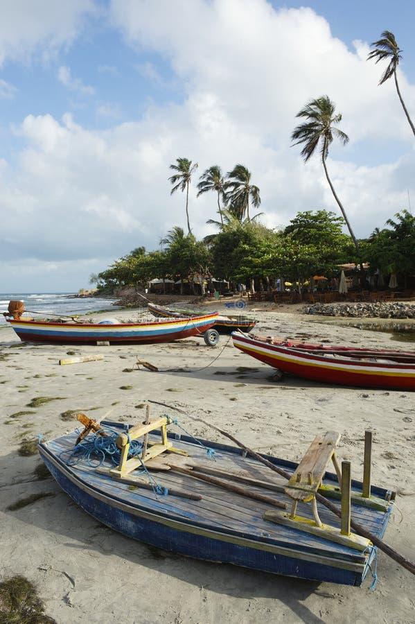 Kolorowe brazylijczyka Jangada łodzie rybackie Jericoacoara fotografia stock