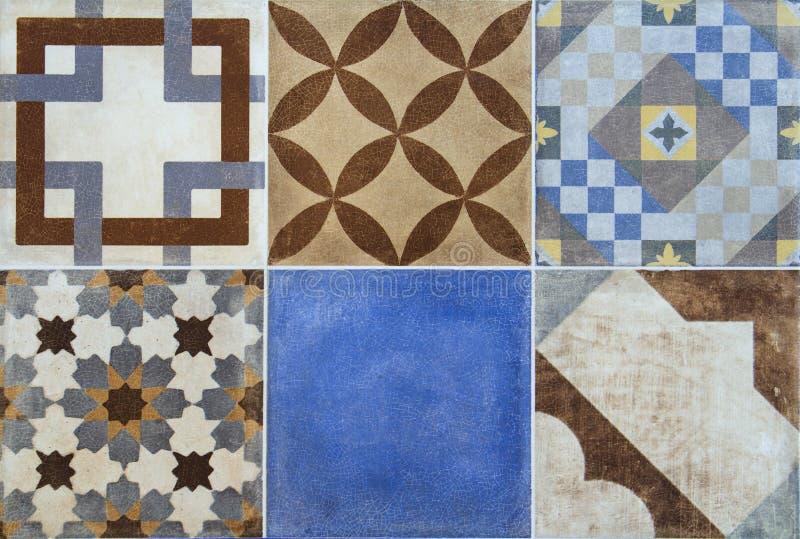 Kolorowe ceramiczne płytki z Portugalia śródziemnomorskim stylem deseniują tło obraz stock