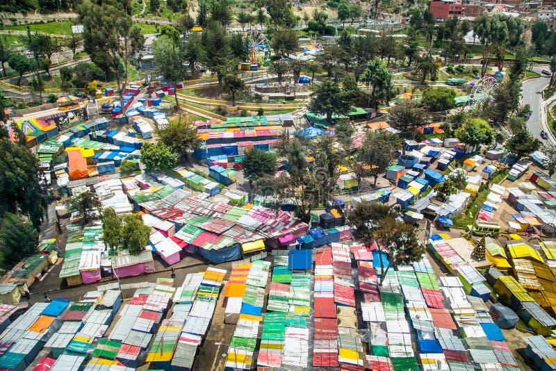 Kolorowe dachy z targu ulicznego La Paz, Boliwia obraz royalty free