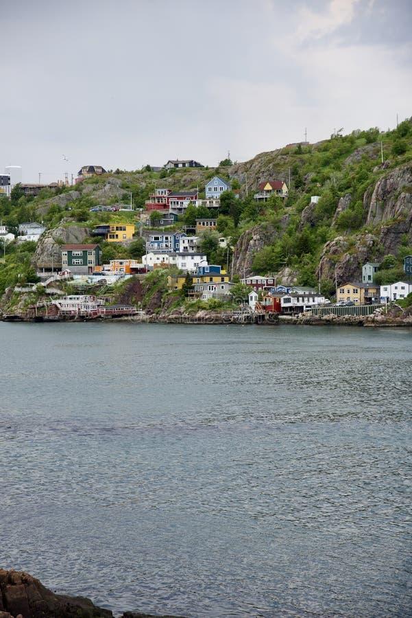Kolorowe domy w Nowej Fundlandii i Labradorze obraz royalty free