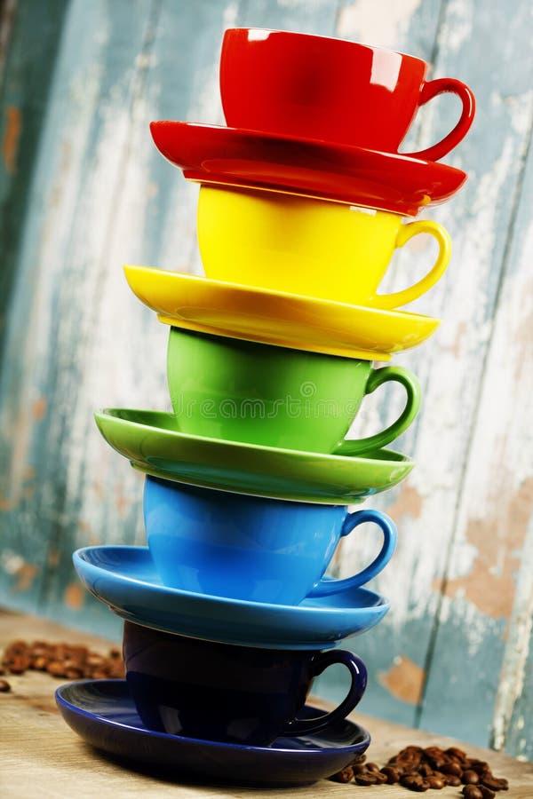 kolorowe filiżanki kawy zdjęcie stock