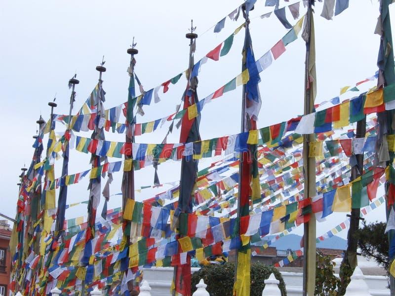 Kolorowe flagi na największej stupie buddyjskiej w Katmandu, stupie w Boudhanath obrazy stock