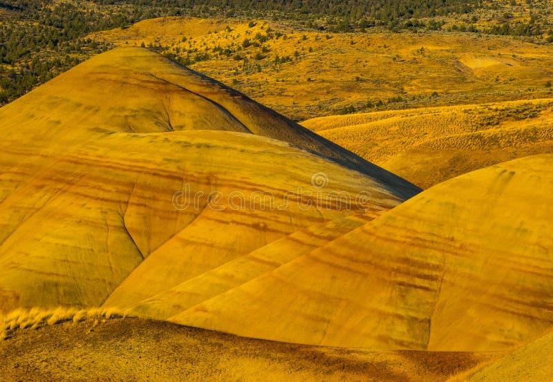 Kolorowe warstwy malujący wzgórza zdjęcie royalty free