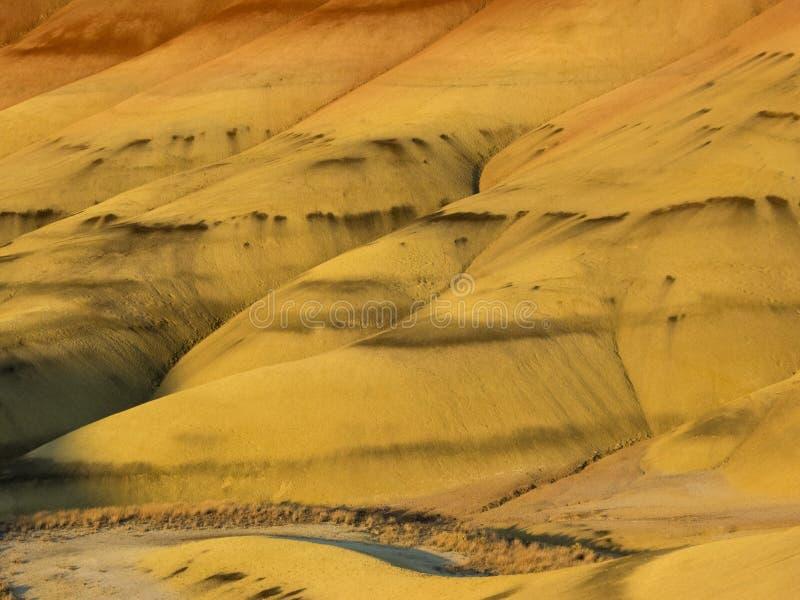 Kolorowe warstwy malujący wzgórza obraz stock