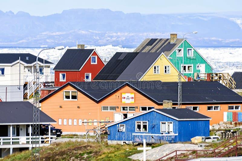 Kolorowi budynki Ilulissat, Greenland zdjęcie stock