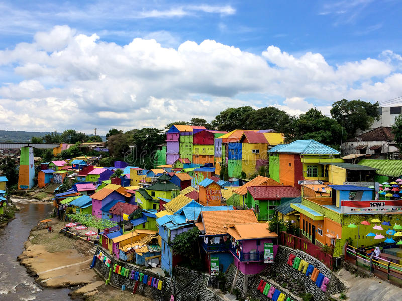 Kolorowi domy Kampung Warna Warni w Jodipan wiosce, Malang obrazy stock