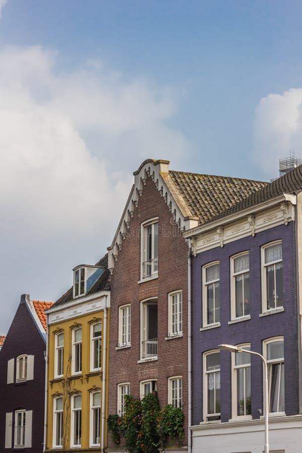 Kolorowi domy przy waalkade w Nijmegen zdjęcie royalty free