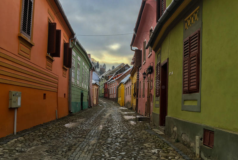 Kolorowi domy w ulicie fotografia stock