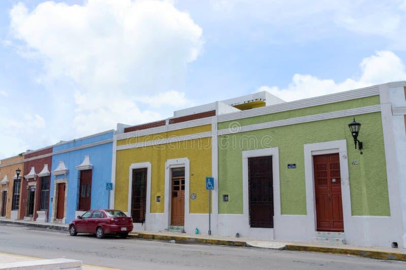 Kolorowi domy w UNESCO światowego dziedzictwa mieście Campeche, Meksyk zdjęcie royalty free