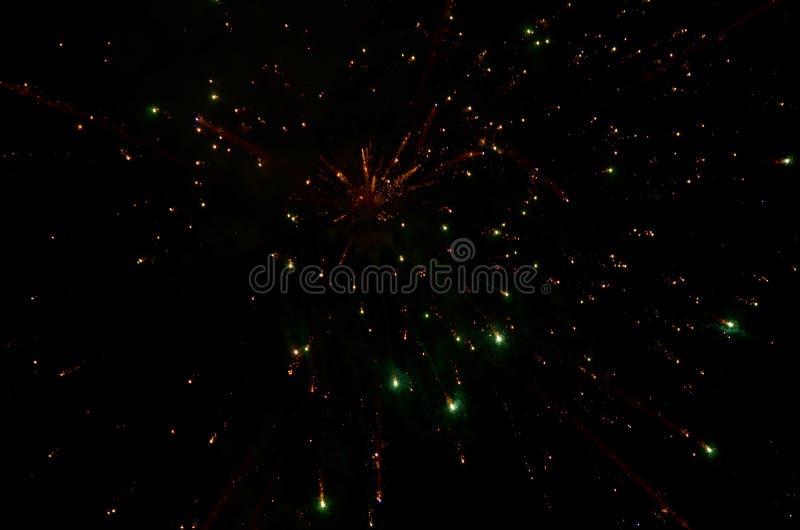 Kolorowi fajerwerki na Ciemnym tle obrazy stock