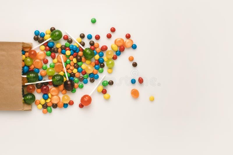 Kolorowi Halloween cukierki zdjęcie stock